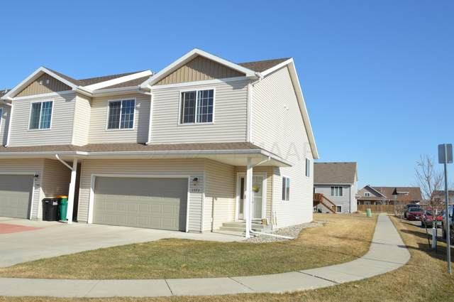 1572 11 Avenue E, West Fargo, ND 58078 (MLS #21-1848) :: FM Team