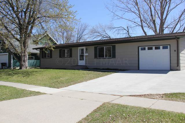 1820 31 Avenue S, Fargo, ND 58103 (MLS #21-2395) :: FM Team