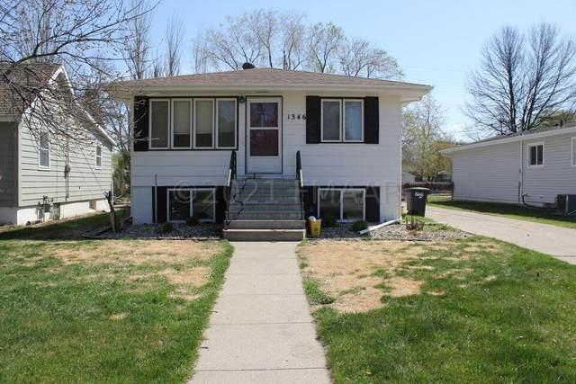 1346 17 Street S, Fargo, ND 58103 (MLS #21-2403) :: FM Team