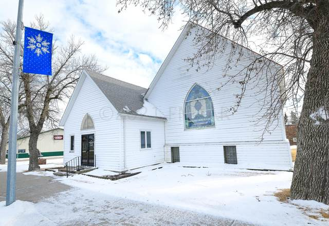 100 4TH Street, Finley, ND 58230 (MLS #21-261) :: RE/MAX Signature Properties