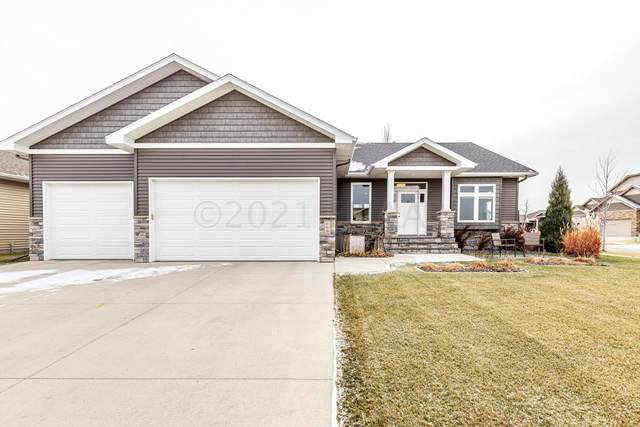609 29 Avenue E, West Fargo, ND 58078 (MLS #21-263) :: FM Team
