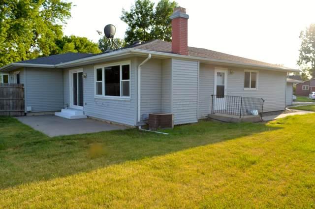 2326 Country Club Parkway, Moorhead, MN 56560 (MLS #21-3140) :: RE/MAX Signature Properties