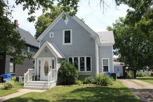 903 Summit Avenue, Detroit Lakes, MN 56501 (MLS #21-3683) :: RE/MAX Signature Properties