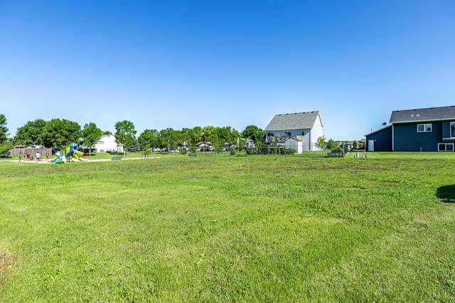 814 7 Avenue NE, Dilworth, MN 56529 (MLS #21-414) :: RE/MAX Signature Properties