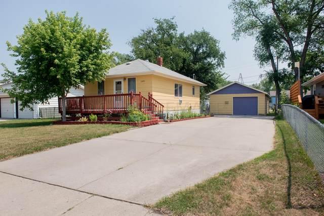 1109 27 Street N, Fargo, ND 58102 (MLS #21-4194) :: FM Team