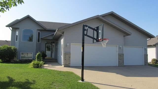 713 Wyndemere Drive, West Fargo, ND 58078 (MLS #21-5049) :: FM Team