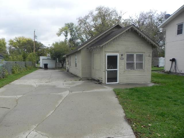 1029 28 Street N, Fargo, ND 58102 (MLS #21-5617) :: FM Team