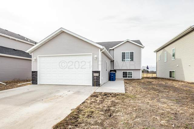 3235 39TH Avenue S, Moorhead, MN 56560 (MLS #21-1160) :: FM Team