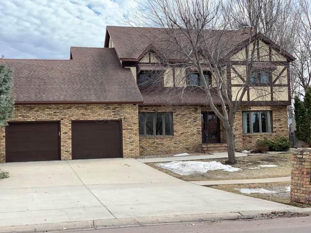 192 Prairiewood Drive S, Fargo, ND 58103 (MLS #19-6824) :: FM Team