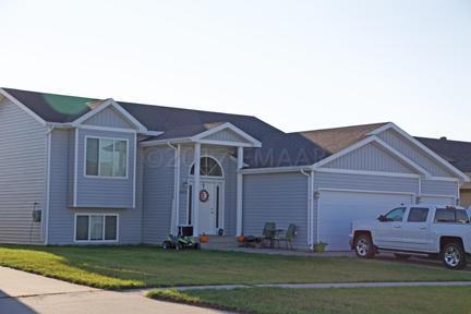 4533 11 Street W, West Fargo, ND 58078 (MLS #17-5499) :: FM Team