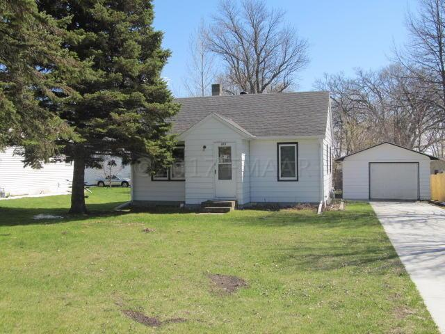 909 Front Street, Hawley, MN 56549 (MLS #17-6247) :: JK Property Partners Real Estate Team of Keller Williams Inspire Realty