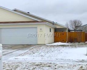 2028 50 Street S, Fargo, ND 58103 (MLS #17-6674) :: FM Team