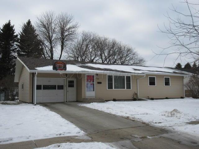 509 Cedar Lane, Moorhead, MN 56560 (MLS #18-6278) :: FM Team