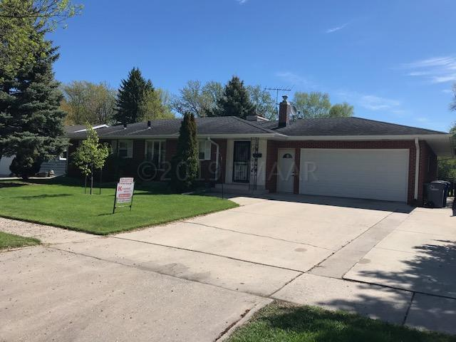 1712 15TH Street S, Moorhead, MN 56560 (MLS #19-2875) :: FM Team
