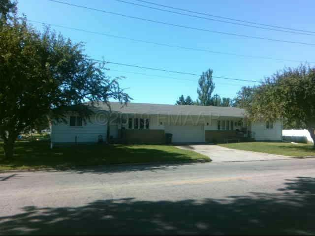 605 24TH Avenue S, Moorhead, MN 56560 (MLS #19-4273) :: FM Team