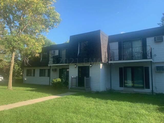 202 35 Avenue N #3, Fargo, ND 58102 (MLS #21-4957) :: RE/MAX Signature Properties