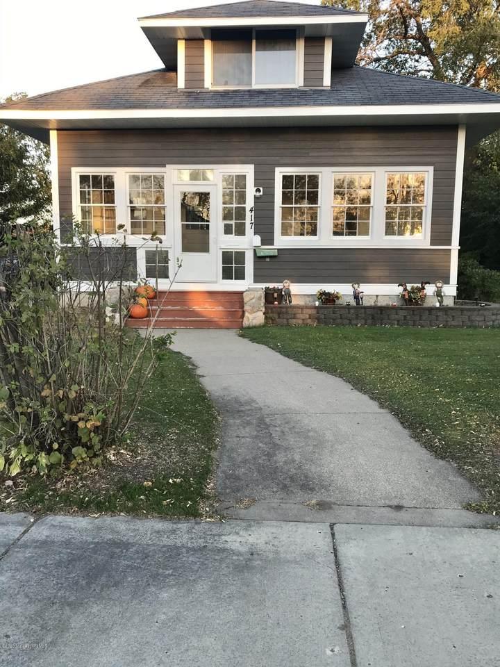 417 Curry Avenue - Photo 1
