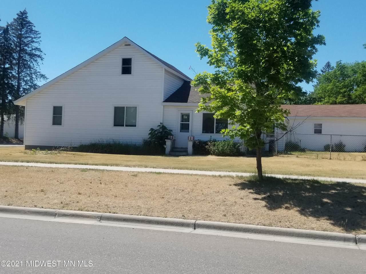 206 Homecrest Avenue - Photo 1