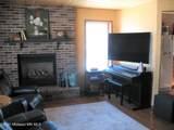 21930 Broadwater Drive - Photo 33