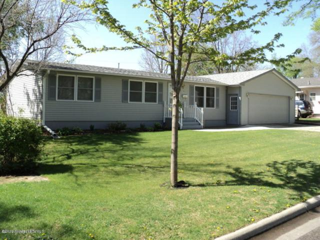 711 W Stanton Avenue, Fergus Falls, MN 56537 (MLS #20-25756) :: Ryan Hanson Homes Team- Keller Williams Realty Professionals