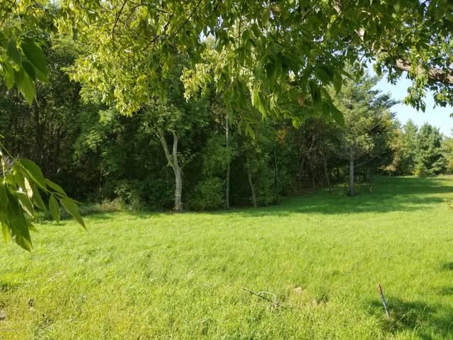 1817 Shoreview Drive, Fergus Falls, MN 56537 (MLS #20-28307) :: FM Team