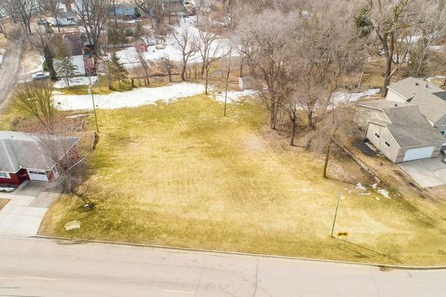 1104 E Mt Faith Avenue, Fergus Falls, MN 56537 (MLS #20-29689) :: Ryan Hanson Homes- Keller Williams Realty Professionals