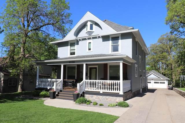1118 Summit Ave, Detroit Lakes, MN 56501 (MLS #20-30395) :: Ryan Hanson Homes- Keller Williams Realty Professionals
