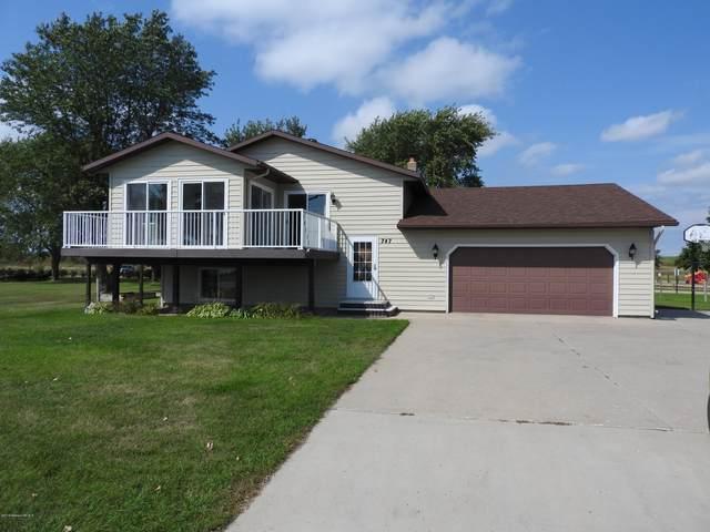 747 Lake Shore Drive, Battle Lake, MN 56515 (MLS #20-32172) :: Ryan Hanson Homes- Keller Williams Realty Professionals