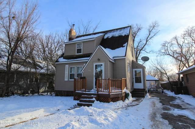 715 W Summit Avenue, Fergus Falls, MN 56537 (MLS #20-32553) :: Ryan Hanson Homes- Keller Williams Realty Professionals