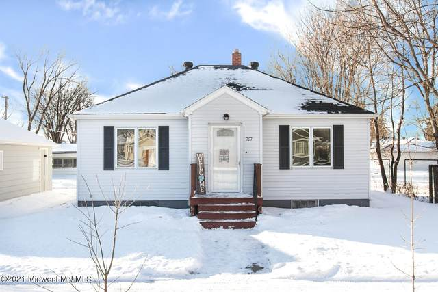 707 4th Street SE, Barnesville, MN 56514 (MLS #20-32610) :: Ryan Hanson Homes- Keller Williams Realty Professionals