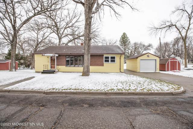 1004 Jefferson Place, Fergus Falls, MN 56537 (MLS #20-33292) :: Ryan Hanson Homes- Keller Williams Realty Professionals