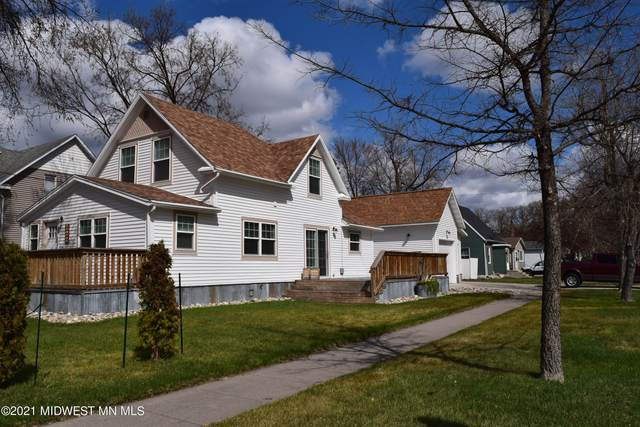 222 S 11th Street S, Moorhead, MN 56560 (MLS #20-33313) :: Ryan Hanson Homes- Keller Williams Realty Professionals
