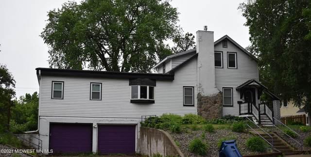 617 W Lincoln Avenue, Fergus Falls, MN 56537 (MLS #20-34021) :: RE/MAX Signature Properties