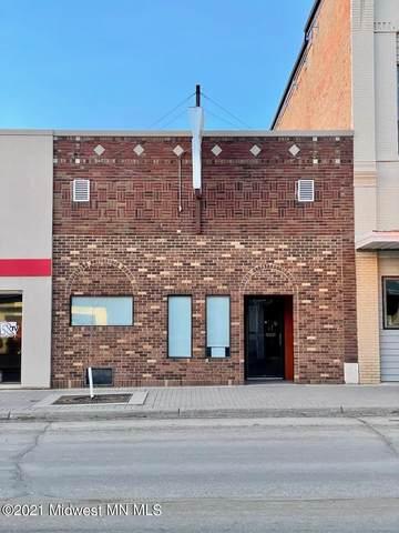 220 W Lincoln Avenue, Fergus Falls, MN 56537 (MLS #6069114) :: Ryan Hanson Homes- Keller Williams Realty Professionals