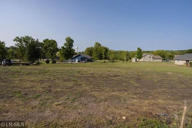 321 E Hillside Avenue, Fergus Falls, MN 56537 (MLS #6089334) :: RE/MAX Signature Properties