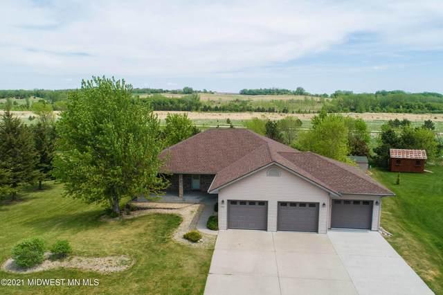 3521 Pebble Hills Drive, Fergus Falls, MN 56537 (MLS #20-33325) :: RE/MAX Signature Properties