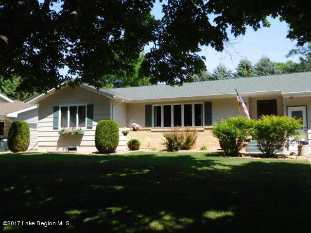 215 9th Avenue SE, Elbow Lake, MN 56531 (MLS #20-19962) :: Ryan Hanson Homes Team- Keller Williams Realty Professionals