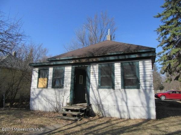 101 N 2nd Street, Mahnomen, MN 56557 (MLS #20-21213) :: Ryan Hanson Homes Team- Keller Williams Realty Professionals