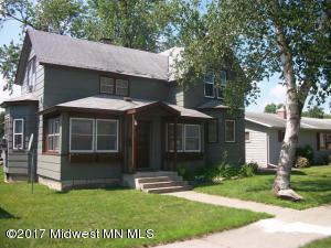 413 1st Street SW, Wadena, MN 56482 (MLS #20-21438) :: Ryan Hanson Homes Team- Keller Williams Realty Professionals