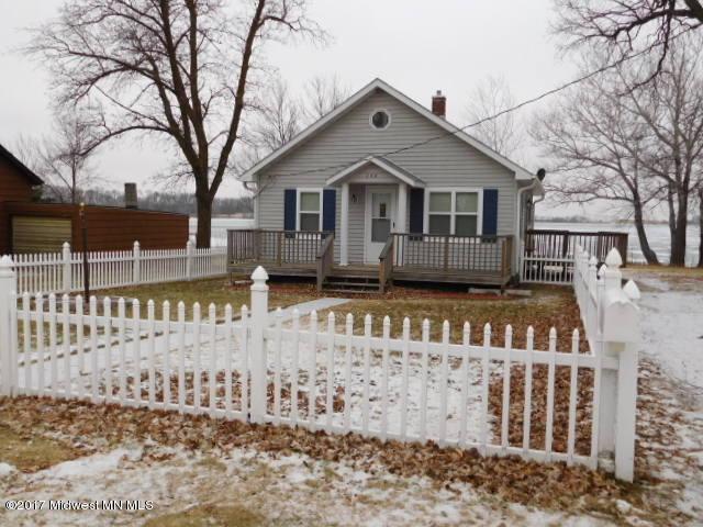 338 Central Avenue S, Elbow Lake, MN 56531 (MLS #20-21444) :: Ryan Hanson Homes Team- Keller Williams Realty Professionals