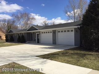 219 E Division Street, Elbow Lake, MN 56531 (MLS #20-22834) :: Ryan Hanson Homes Team- Keller Williams Realty Professionals