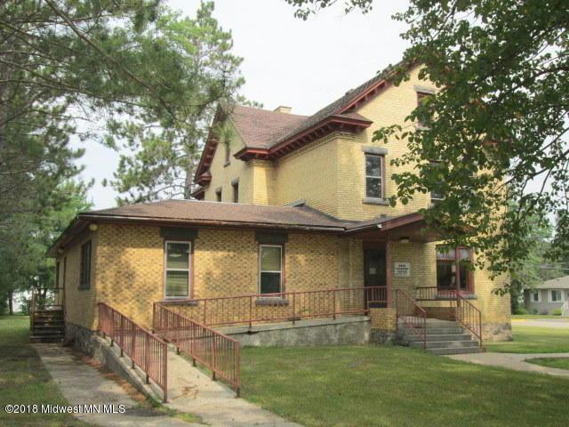 520 1st Avenue S, Perham, MN 56573 (MLS #20-24528) :: Ryan Hanson Homes Team- Keller Williams Realty Professionals