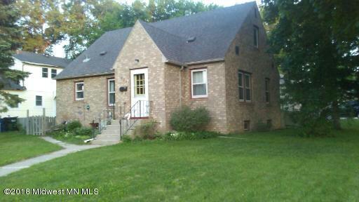 535 W Alcott Avenue, Fergus Falls, MN 56537 (MLS #20-25686) :: Ryan Hanson Homes Team- Keller Williams Realty Professionals
