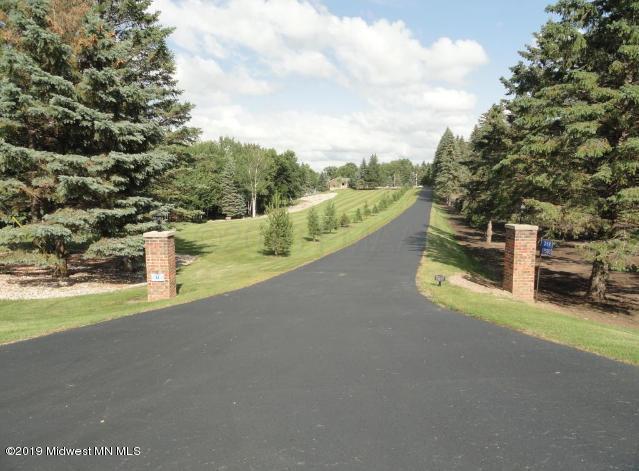 359 W Long Lake Road, Detroit Lakes, MN 56501 (MLS #20-25742) :: FM Team