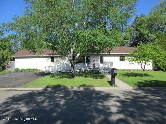812 4th Avenue SW, Perham, MN 56573 (MLS #20-26501) :: Ryan Hanson Homes- Keller Williams Realty Professionals