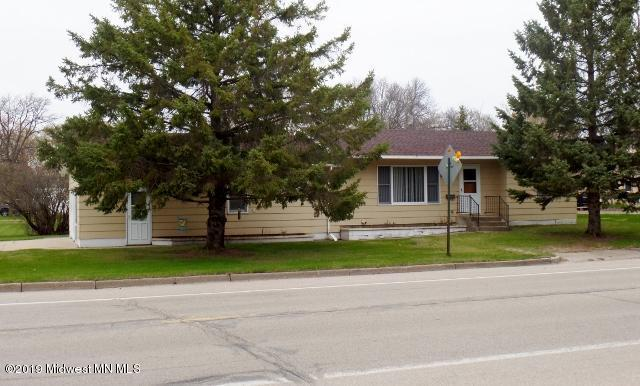 511 1st Avenue N, Perham, MN 56573 (MLS #20-26585) :: Ryan Hanson Homes- Keller Williams Realty Professionals