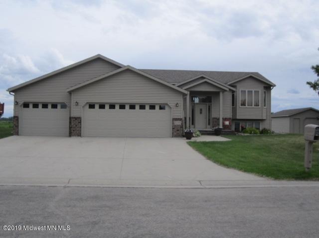 1203 11 Avenue SE, Barnesville, MN 56514 (MLS #20-27215) :: Ryan Hanson Homes- Keller Williams Realty Professionals