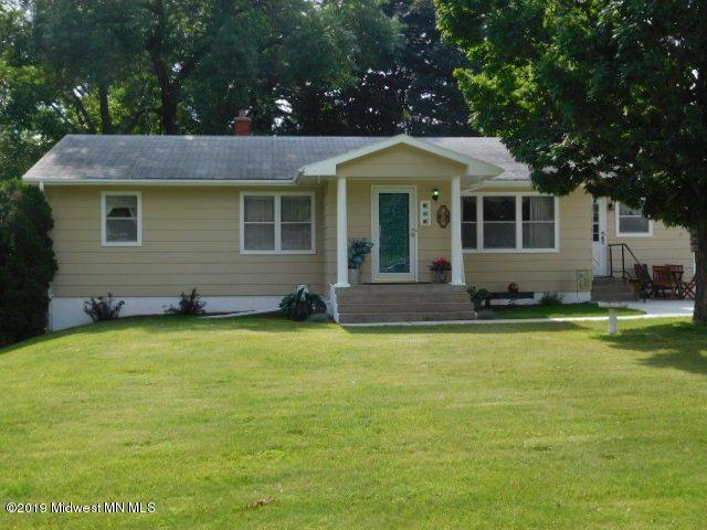 22 10th Ave NE, Elbow Lake, MN 56531 (MLS #20-27639) :: Ryan Hanson Homes- Keller Williams Realty Professionals