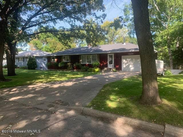 1224 N Burlington Avenue, Fergus Falls, MN 56537 (MLS #20-29322) :: Ryan Hanson Homes- Keller Williams Realty Professionals
