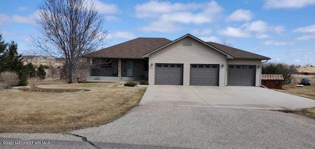 3521 Pebble Hills Drive, Fergus Falls, MN 56537 (MLS #20-33325) :: Ryan Hanson Homes- Keller Williams Realty Professionals